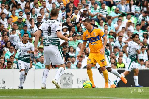 Osvaldo Martínez, Julio Furch, Jesús Dueñas
