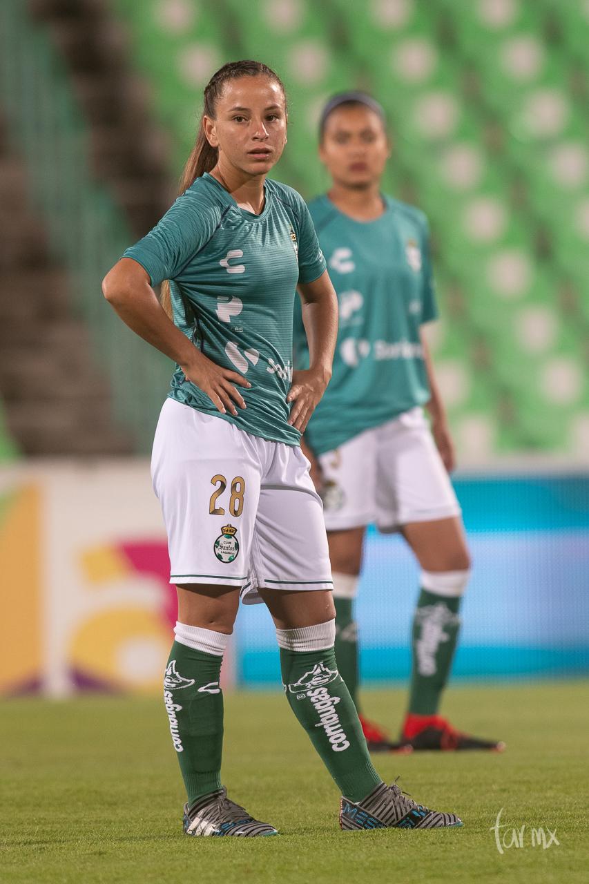 Linda Valdéz 28