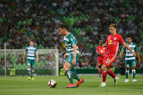 Javier Correa 24, Florian Valot 22