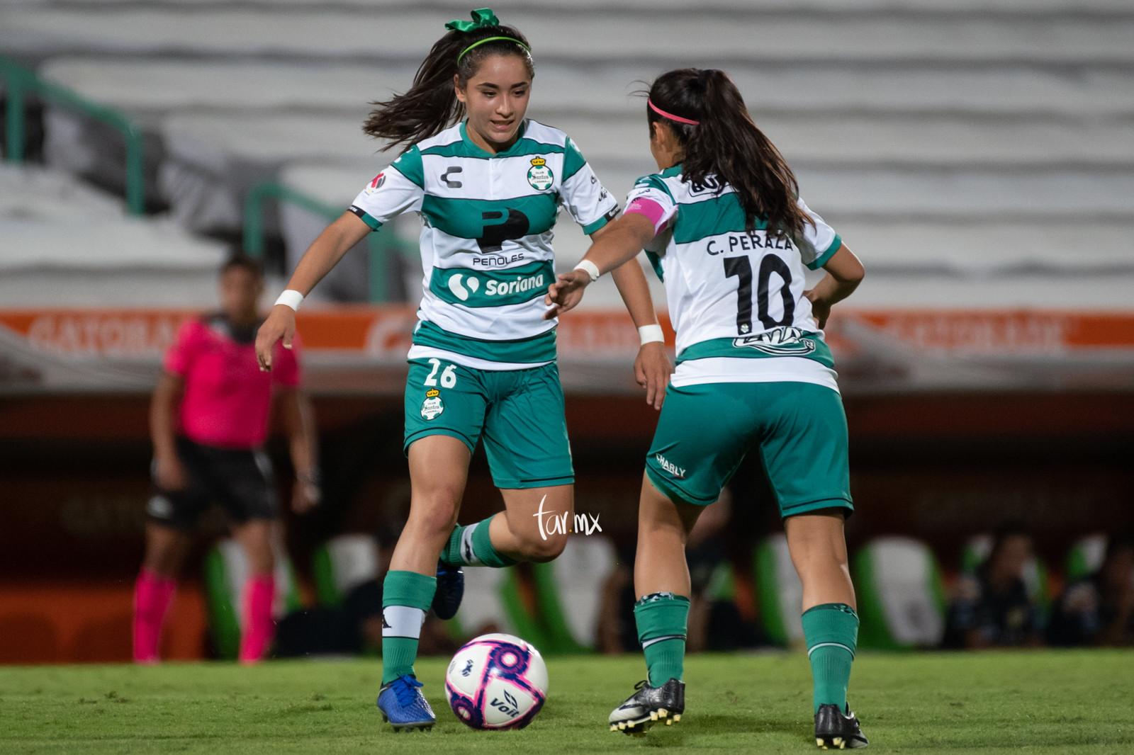 Cinthya Peraza, Ashly Martínez