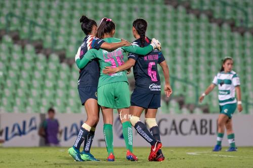 Marcela Valera, Daniela Espinosa, Jaidy Gutiérrez