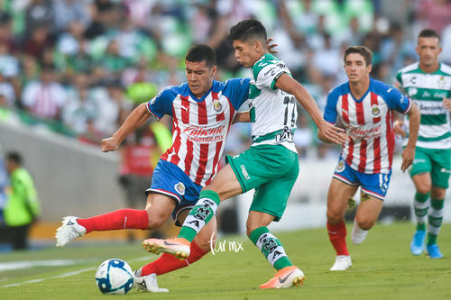 Gerardo Arteaga, Michael Pérez