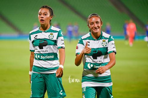 Brenda Guevara, Nancy Quiñones