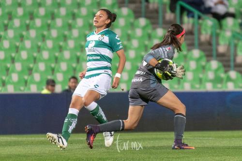 Brenda Guevara, Sandra Lozano