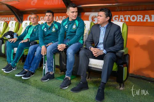 Chava Reyes, Chato Rodríguez, cuerpo técnico