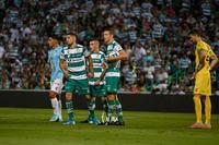 Diego Valdés, Julio Furch, Brian Lozano
