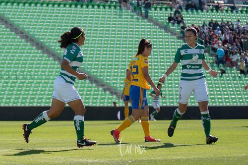 Gol de Yahaira Flores
