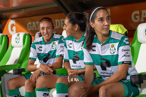 Mayela Reyes, Leticia Vázquez, Nancy Quiñones