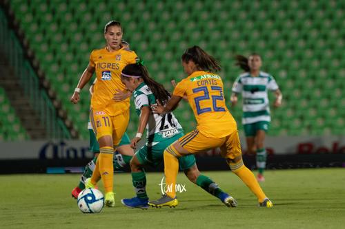 Ashly Martínez, Selene Cortés, Lydia Rangel