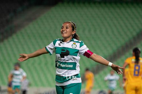 festejo de gol, Cinthya Peraza