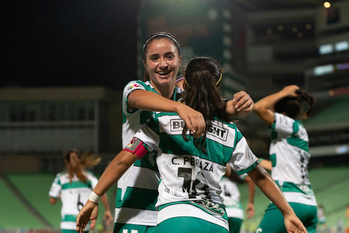 Cinthya Peraza, Daniela Delgado