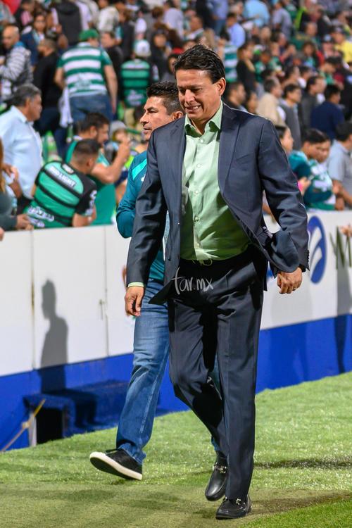 Director Técnico, Chava Reyes