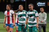 Katia Estrada, Priscila Padilla, Daniela Delgado