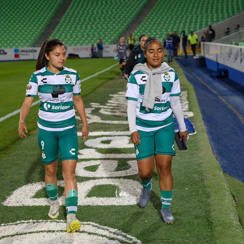 Yahaira Flores, Joseline Hernández